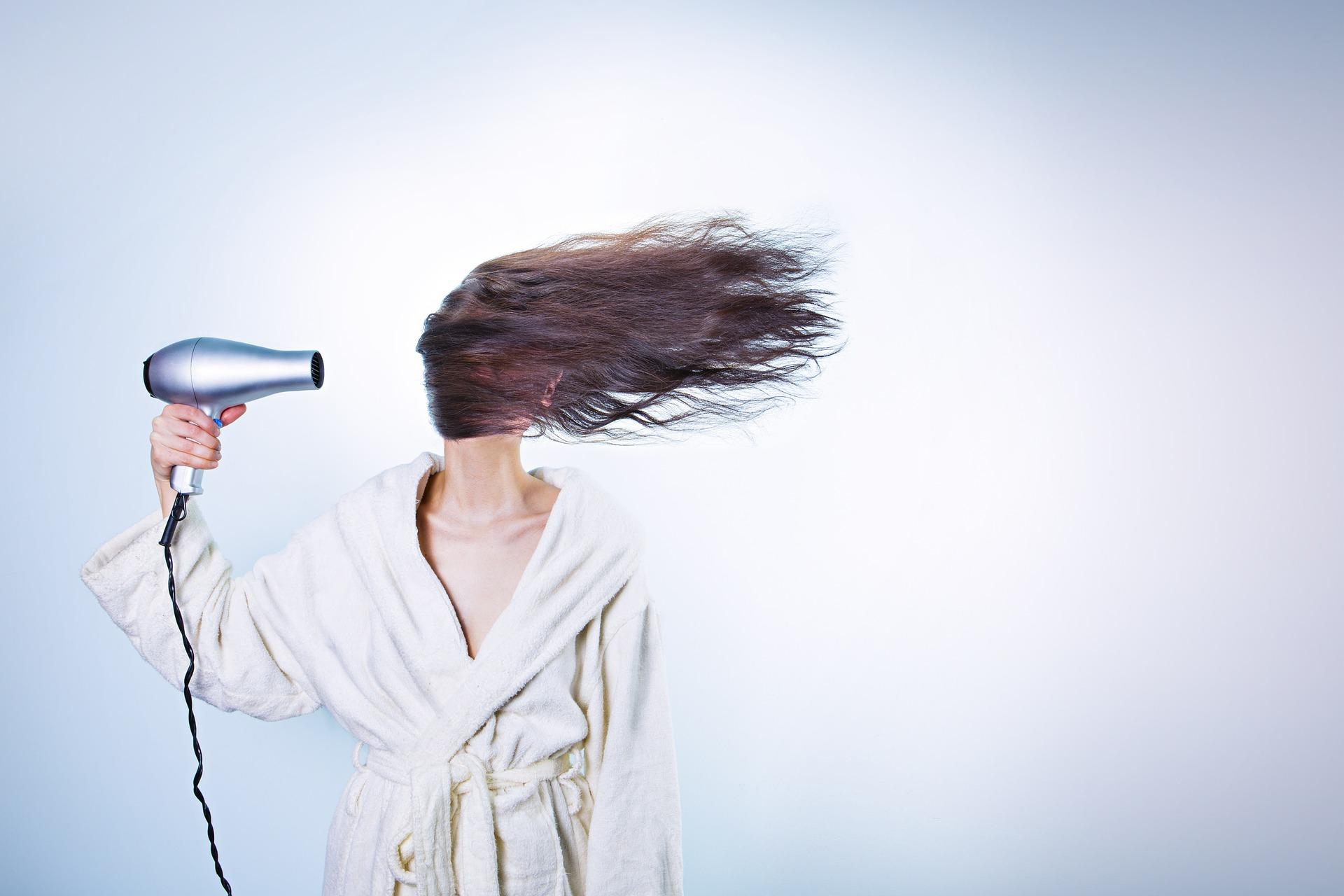 Suszarka do włosów z jonizacją